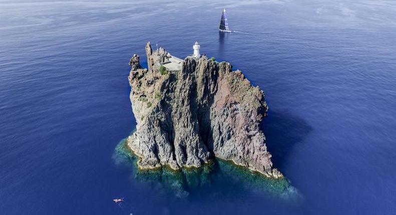 Faro di Strombolicchio