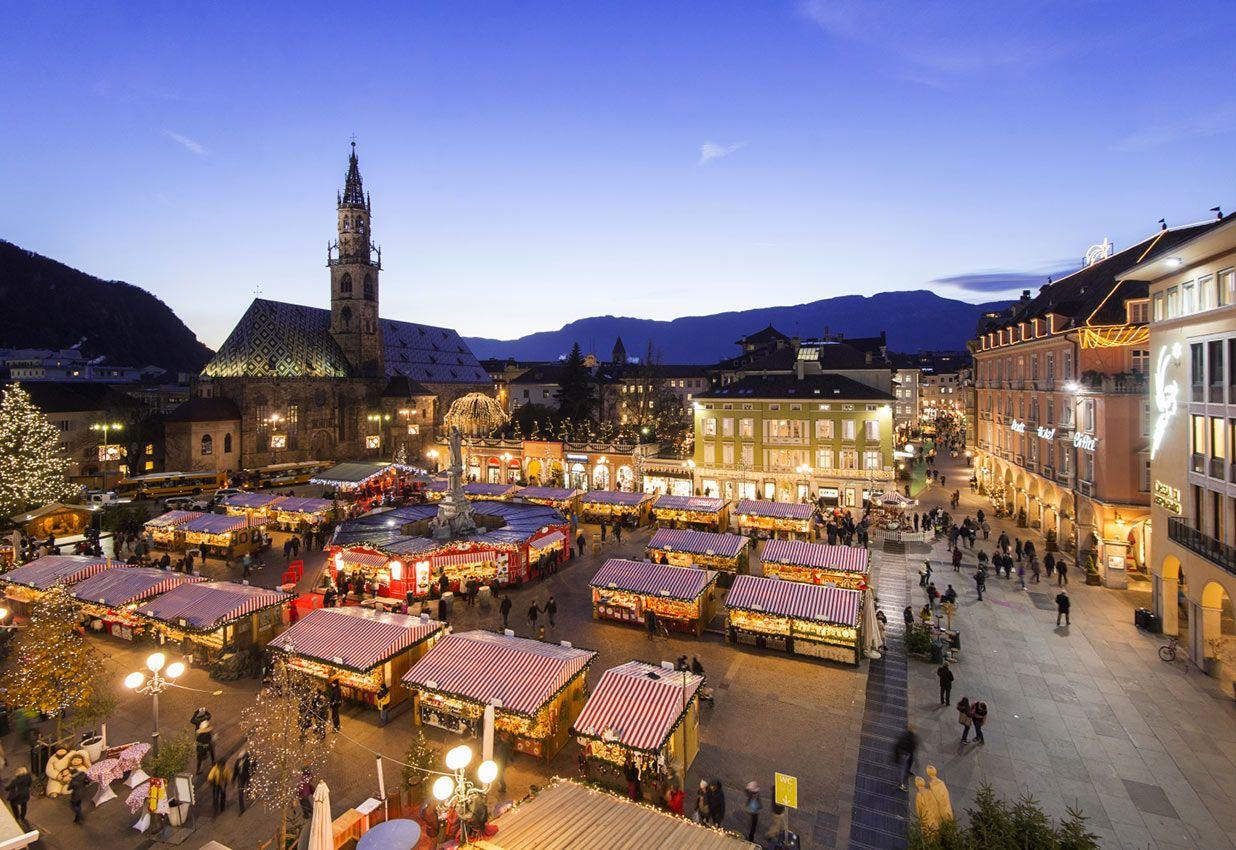 Foto Mercatini Di Natale Bolzano.Mercatini Di Natale 2018 A Bolzano Tutto Quello Che C E Da