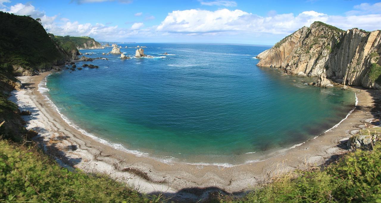 Playa de Silencio, una delle migliori spiagge della Spagna