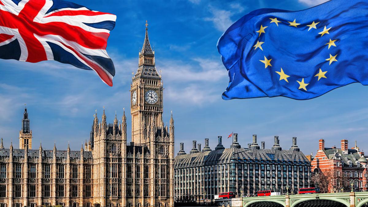 Londra: dopo la Brexit ci vorranno passaporto e visto elettronico